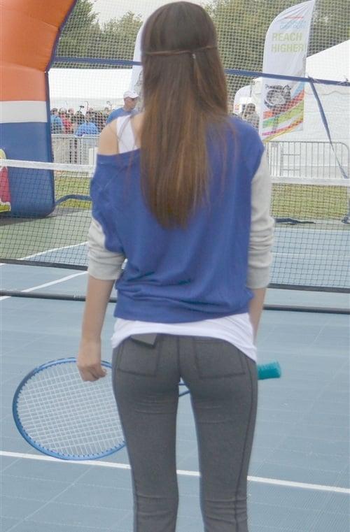 Victoria Justice yoga pants