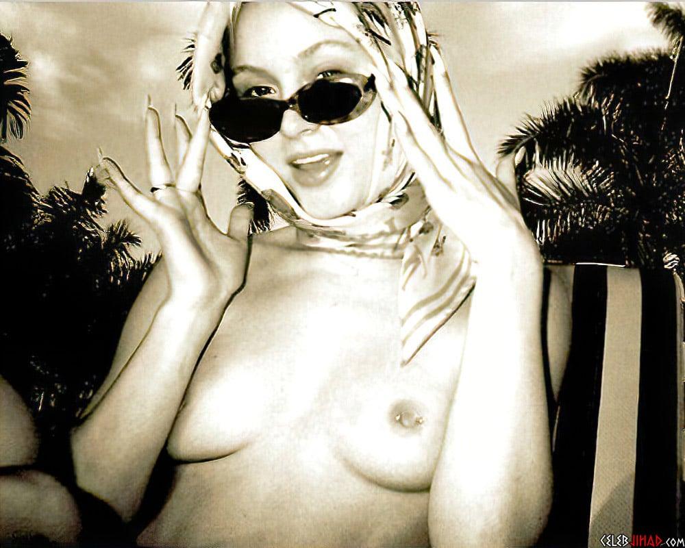 Zara Larsson Sex Tape And Topless Titties
