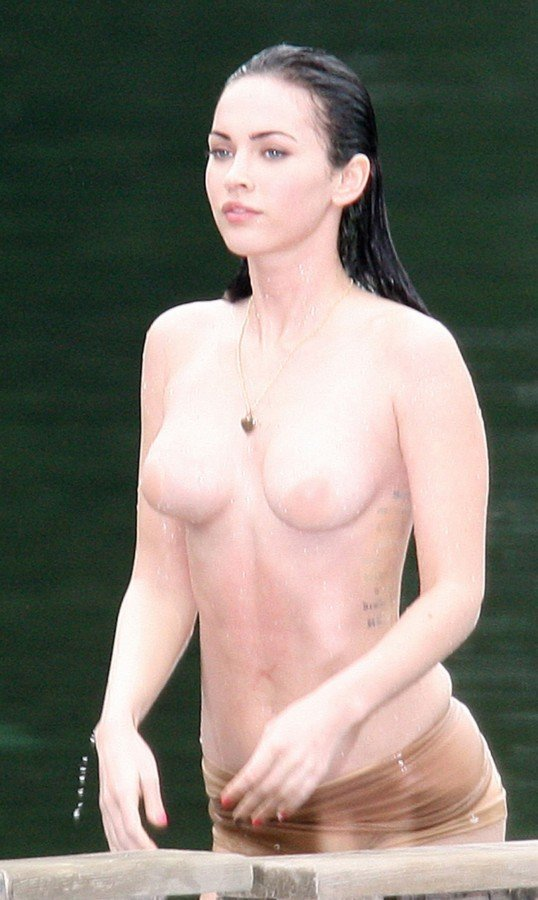 Female Celebrity Naked 47