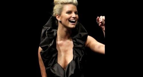 Jessica Simpson breasts