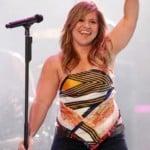 Kelly Clarkson Has Gotten Huge
