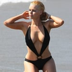 Sophie Monk Nip Slip Photos