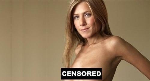 Jennifer aniston bare breasts