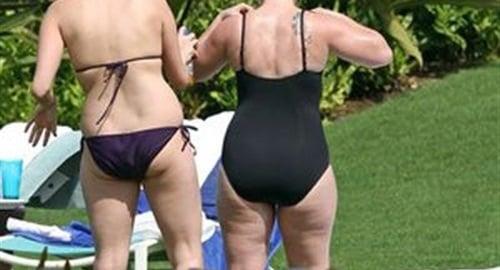 Kelly clarkson friends blue bikini — 14