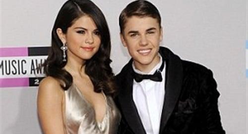 Selena Gomez Hilary Swank