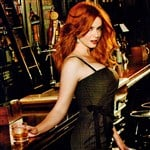 Christina Hendricks Is A Busty Alcoholic