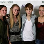 Justin Bieber Takes 3 Lucky Fans To The Bathroom