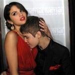 Justin Bieber Motorboats Selena Gomez's Tits
