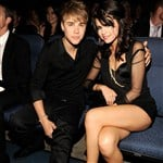 Justin Bieber And Selena Gomez Are A Cute Lesbian Couple