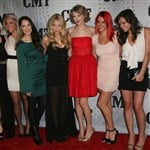 Is Taylor Swift The New Hugh Hefner With 6 Girlfriends?
