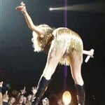 Taylor Swift Bends Over Upskirt Vid