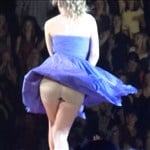 Taylor Swift Onstage Upskirt Vid