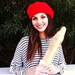 Victoria Justice Gets A French Dildo