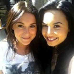 Demi Lovato Dating Alexa Vega
