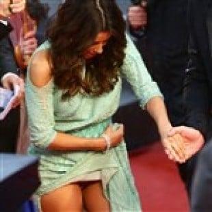 Eva Longoria Shows Her Vagina At Cannes
