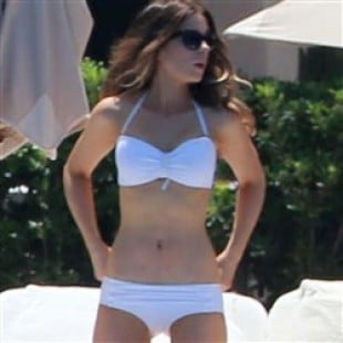 Kate Beckinsale, Jennifer Aniston, Gwen Stefani Bikini Battle