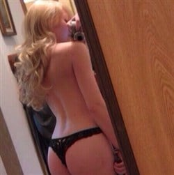 girl in one piece thong pic