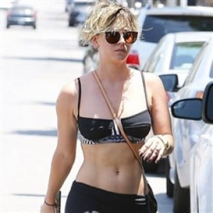 Kaley Cuoco Out In Just A Bra And Yoga Pants