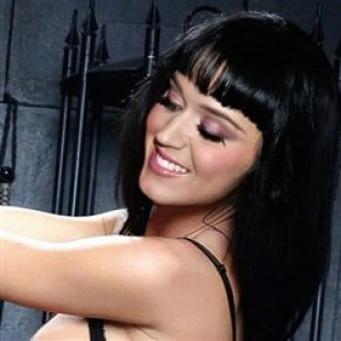 Katy Perry And Zooey Deschanel Have BDSM Sex