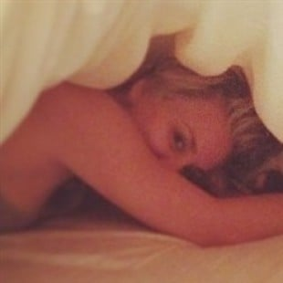 Kaley Cuoco Posts A New Topless Photo