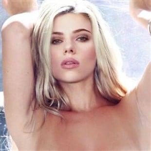 Scarlett Johansson Posing Nude By A Window