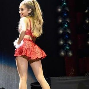 Ariana Grande Puts On A Naughty Upskirt Performance At Jingle Ball 2014
