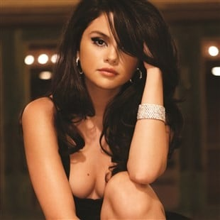Selena Gomez Is Going To Show Her Boobs To Save Her Career