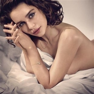 """Emilia Clarke's """"Sexiest Woman Alive"""" Video And Photos"""