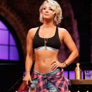 "Kaley Cuoco In A Sports Bra On ""Lip Sync Battle"""