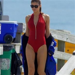 "Alexandra Daddario Unveils The New ""Baywatch"" Red Swimsuit"
