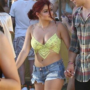 Ariel Winter Is A Fat Slut At Coachella