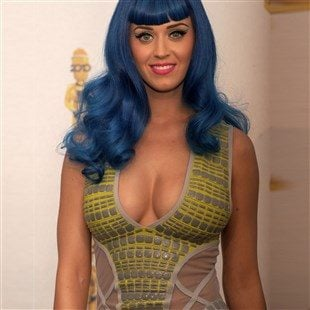 Katy Perry Flaunts Her Tits And Ass Rehearsing At The DNC