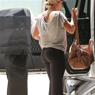 Lizzie mcguire sexy butt