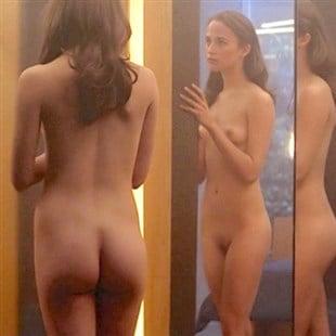 Alicia vikander naken