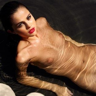 Selena Gomez Poses For Soaking Wet Nude Photo