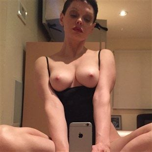 Rose McGowan Nude Photos and Sex Tape Video Leaked