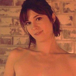 "Mary Elizabeth Winstead Nude Scene From ""Fargo"""