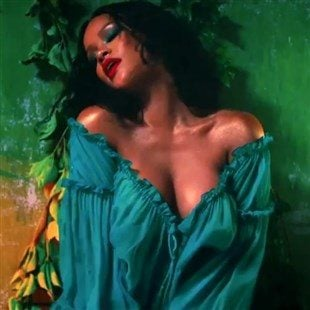 Rihanna naked sex gifs are