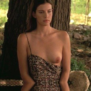 "Liv Tyler Nude And Sex Scenes From ""Stealing Beauty"""