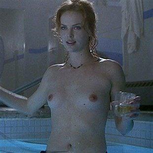 Nude charlize theron Charlize Theron