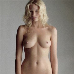 Tuuli Shipster Nude Photos Collection
