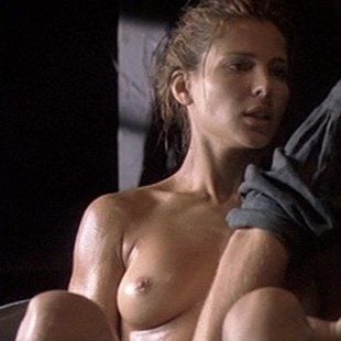 "Elsa Pataky Nude Scene From ""Romasanta: The Werewolf Hunt"""