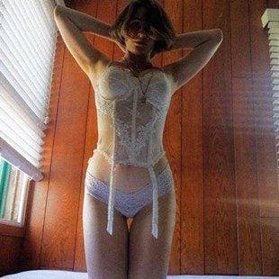 Lia Marie Johnson Lesbian Lingerie Photos