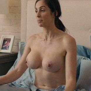 """Catherine Reitman Nude Scenes From """"Workin' Moms"""""""