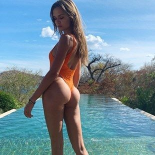 Josephine Skriver's Perfect Round Ass On Vacation