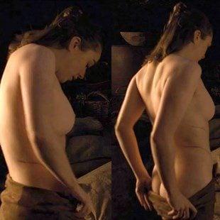 "Maisie Williams Nude Sex Scene From ""Game of Thrones"""
