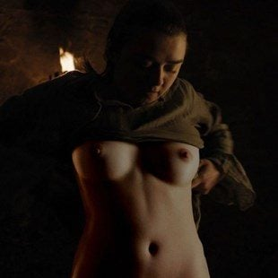 "Maisie Williams Nude ""Game of Thrones"" Deleted Scene"
