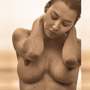 Naya Rivera Topless