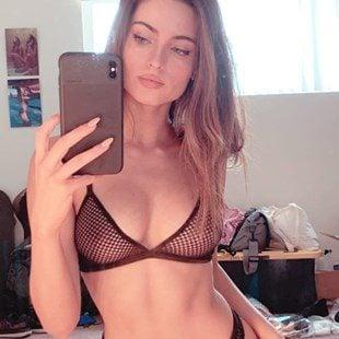Renee Murden Shows Her Tits In A See Thru Bra