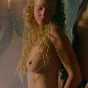Laura prepon nude naked